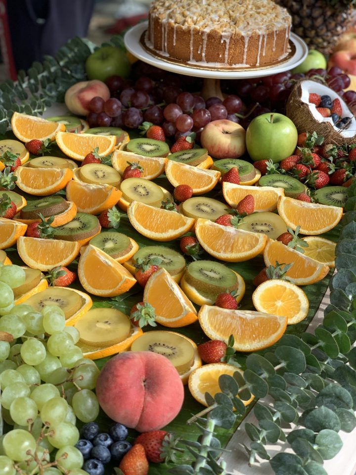 la juiceria grazing table fruits and vegetables